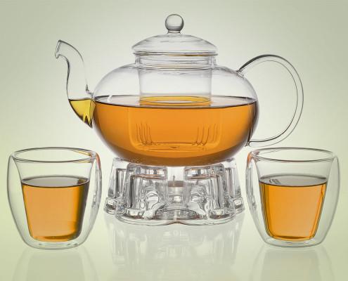 Teekanne aus Glas 1,8 Liter mit Teebechern und Stövchen aus Glas